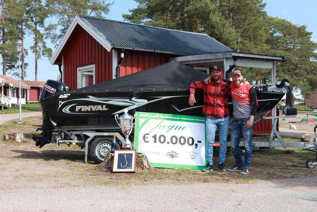 Zusammen mit seinem Teamkollegen Timo Rosche gewann Freddy die letzte Ausgabe der Predator Tour Schweden.